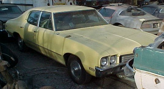 1971 Buick Skylark 4 Door Sedan No rust, nice interior and chrome.  Power steering, disc brakes, A/C.  350 4 barrel, engine seized. Rebuilt transmission.  n-244