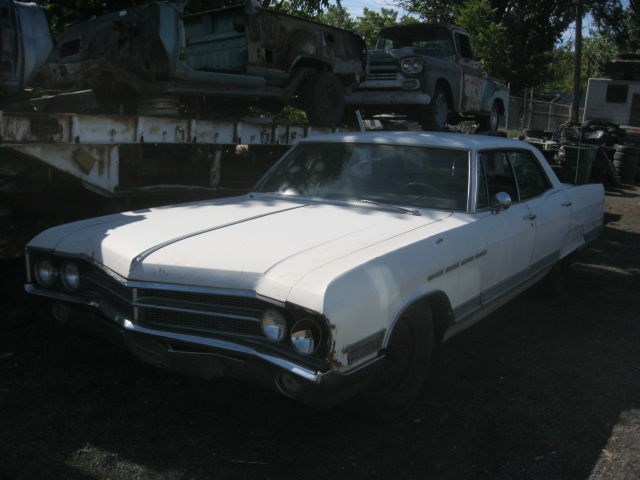 1965 Buick Electra 4 dr H/T, PS, PB, PW, skirts, underdash A/C. Complete and ratty. Parts Car. n-415