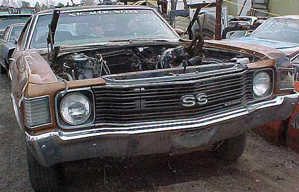 1972 Malibu SS - no engine, no trans, no hood, 12 bolt, buckets, A/C, parting out n-041
