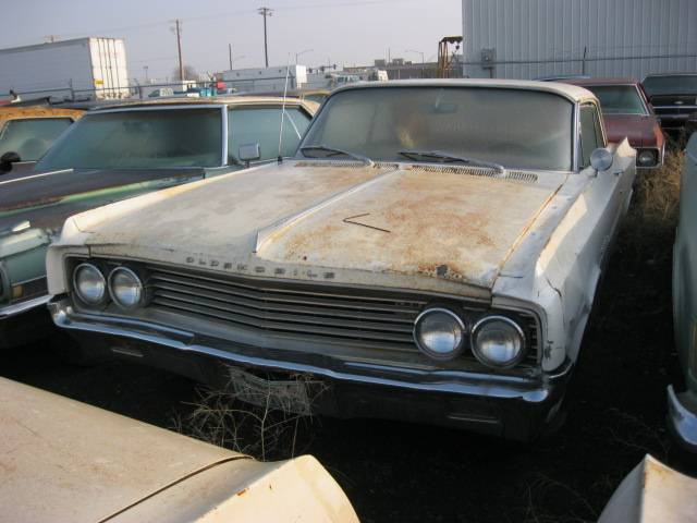 1963 Olds Dynamic 88 2 dr hardtop 394, auto, all complete but incredibly rusty. All or parts. n-317