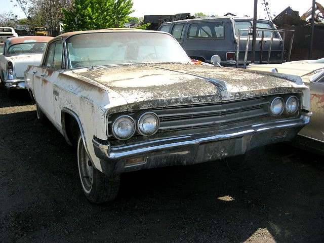 1963 Olds 98 4 dr H/T   No engine or trans but loaded with options.  Power windows, power seat, power Antenna, Am/ FM radio, tilt, Power Steering, power brakes.  n-369  Parts Car