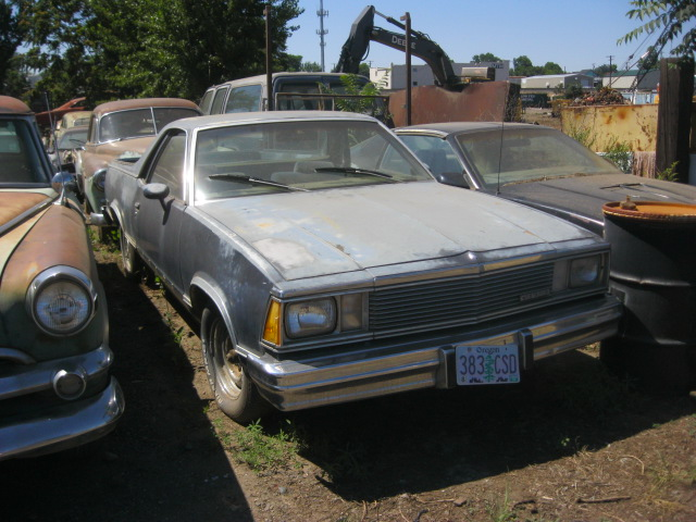1981 El Camino  305 V-8, auto, A/C, tilt, not running but all complete.   $850  n-417