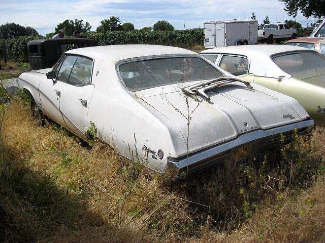 1968 Buick Skylark Custom 4 dr Hardtop  no engine or,trans, nice interior, skirts, tilt, PS, PB.   $1,200 or will part out. n-389