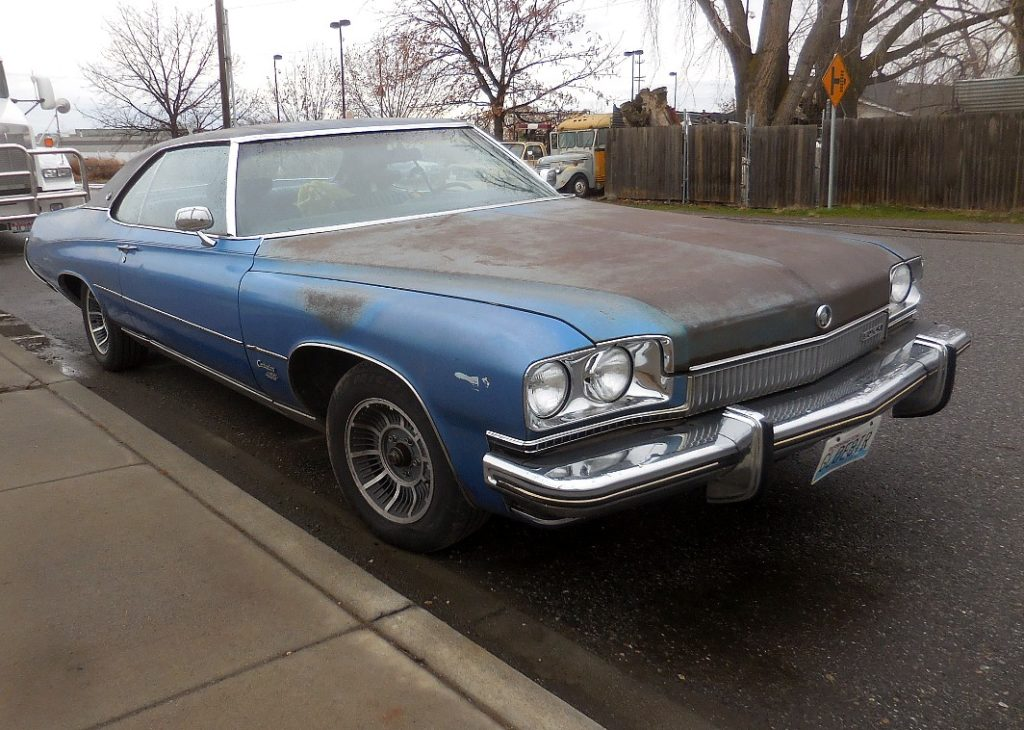 1973 Buick Centurion , 2 dr H/T, strong running 455, rebuilt suspension, brakes and shocks, A/C, tilt, factory leveling system, cruise, nice dual exhaust, HEI. Original paint, minor dents and virtually no rust. Great driving full sized factory hotrod. $3,500 n-493
