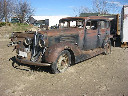 1933 Oldsmobile L-33 Touring Sedan