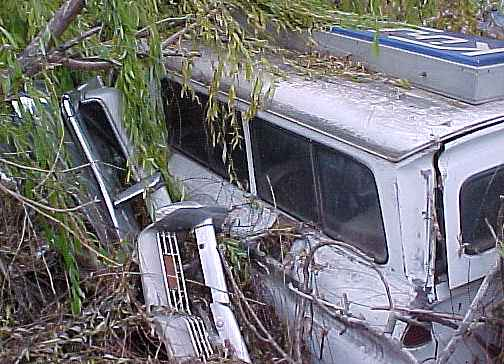 1965 Chevrolet Suburban Carryall - no engine, Powerglide, PB, parting out n-003