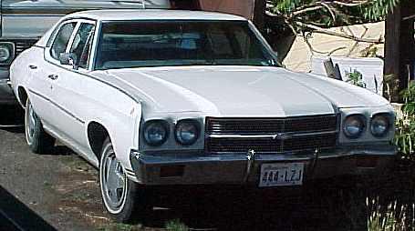 1970 Malibu - 4d, Grandpa's cruiser, 250 6cyl., TH350, PS, straight, runs good, no brakes, no nose, underdash A/C. n-027