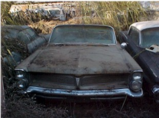 1963 Catalina Convertible - no engine, trans, back seat or hydraulic top motor. Decent body all top hardware is there, latches visors etc . P/S P/B, power windows.   $2,750 n-095