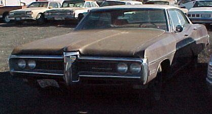 1968 Bonneville - 4d, h/t, nonrunning newer 350, PW, AC, tilt, pwr seat, Posi-Trac rearend, skirts, clean interior, straight body. $1,200. n-137  Sorry, this one is sold!