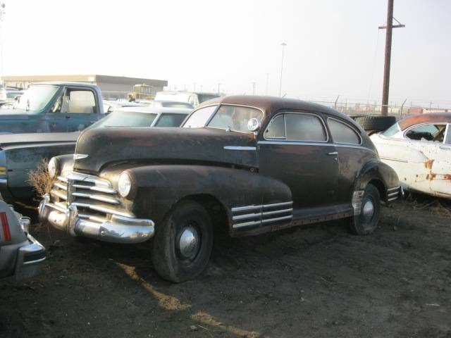1948 Fleetline Aerosedan 2 dr.  Nice body , all trim w/spotlite and accesory bumper guards, no engine  $3,000  n-302 Sorry, this one is sold!