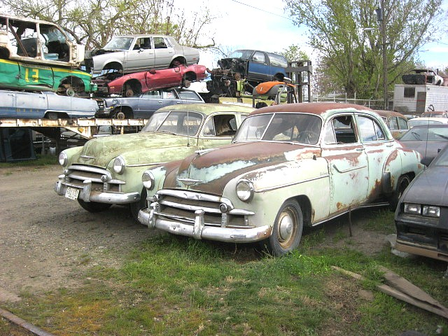 1950 Chev Deluxe 4 dr  have two identical cars, one has a running 216 with a 3 speed manual one has no engine or trans. Build one good car out of the two for $1,750  n-377