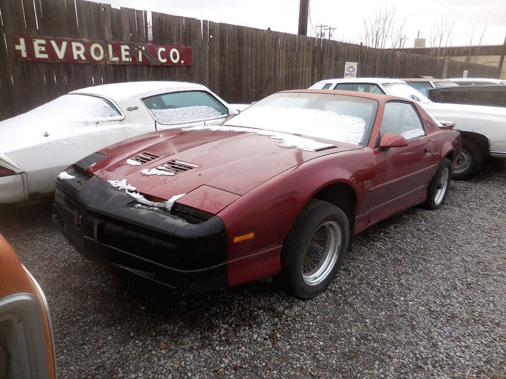 1989 Trans Am GTA, no engine or trans, all complete otherwise,  nice body, not rusty  $1,750  n-484
