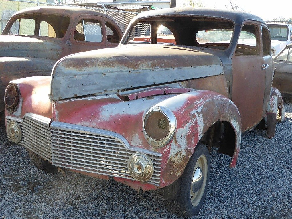 1942 Studebaker Commander coupe, Mustang II front end Nova 10 bolt rear ,Chev rallies w new tires. Body is really rough, but this is a very rare cool looking old coupe with the chassis already done.  $2,000   n-501