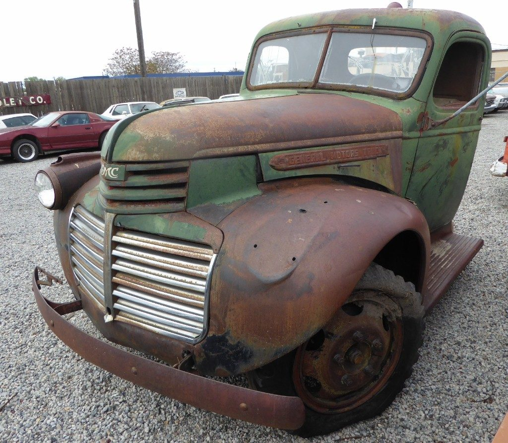 1946 GMC 2 ton, cut off behind cab, otherwise complete. 248 engine nice sheetmetal, with super low mileage of 8,350 as this truck had a huge manure spreader mounted on the back so it was rarely driven far. $1,800  n-512  Sorry, this one is sold!