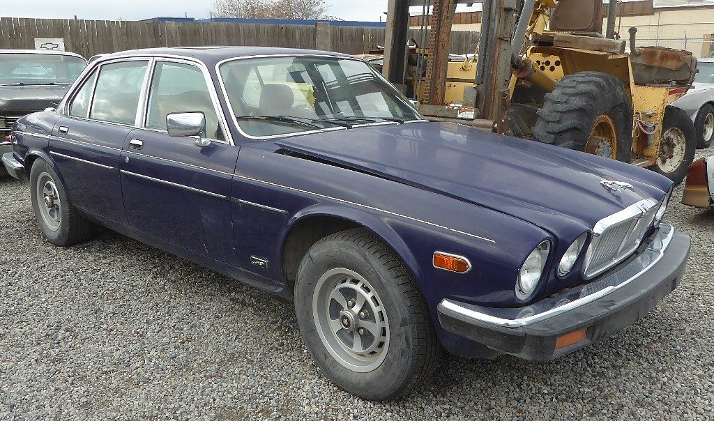 1982 Jag 4 dr sedan - Straight, complete, clean and original with the typical non running Jag engine. Perfect for a small block Chev V-8 conversion. $1,500  n-526