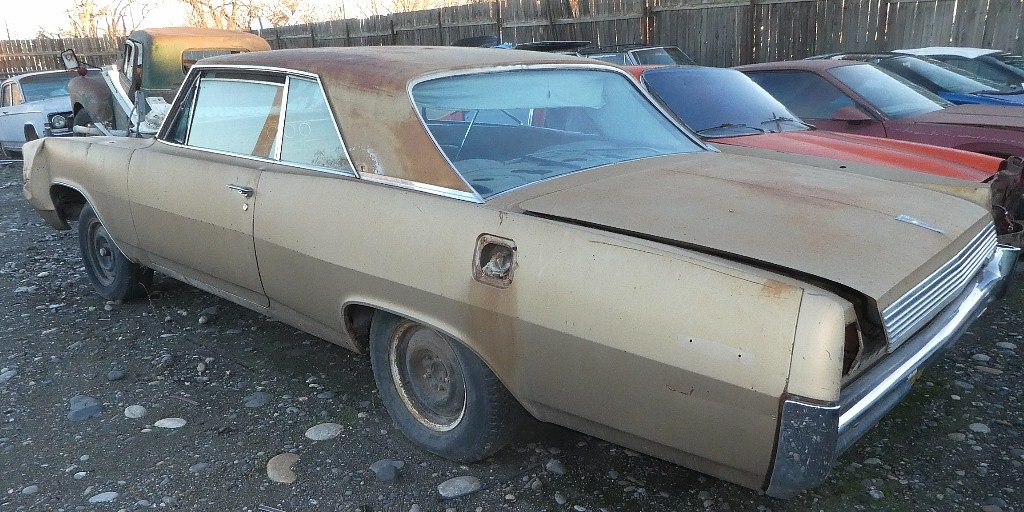 1963 Pontiac Grand Prix  no engine or trans, front wrecked ,but lots of good body and trim parts.  n-536